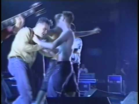 Morrissey - November Spawned A Monster (Dallas, 1991) (9/16)