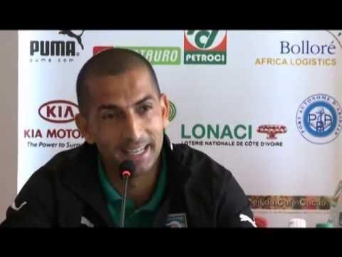 Sport/football: conférence de presse de sabri lamouchi apres le match Ci-Gambie