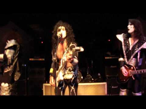 Destroyer - KISS tribute band - Detroit Rock City