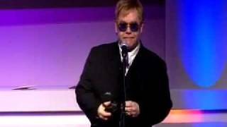 Video Elton John slags off Madonna at the Q Awards download MP3, 3GP, MP4, WEBM, AVI, FLV Juli 2018