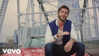 Watch Thomas Rhett Crash And Burn video