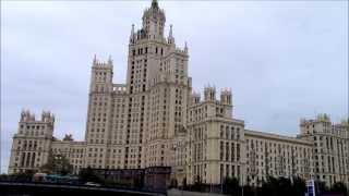Одно из самых популярных мест в Москве. Обзорная прогулка с видами на Москву.