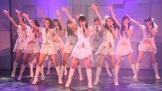 女優の篠原涼子さんらを輩出したガールズグループで、17年ぶりにメンバ...