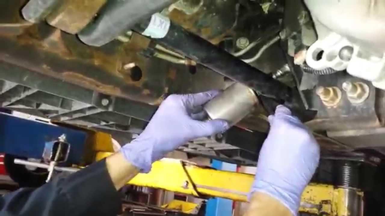2010 chevy duramax fuel filter change