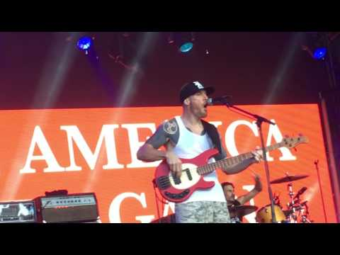 Prophets of Rage No Sleep till Brooklyn/Fight the power  Live at Jimmy Kimmel