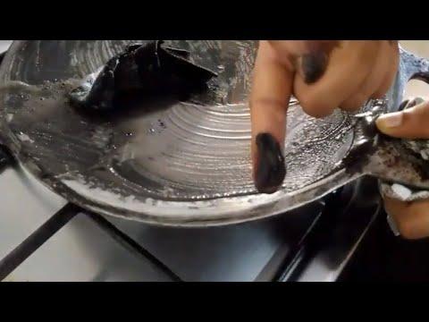 How to Clean Aluminium Tawa | How to clean tawa | Tawa saaf karne ka tarika |How to clean roti tawa