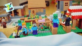 Как выжить в Деревне Майнкрафт. Лего Деревня Майнкрафт. Видео для детей
