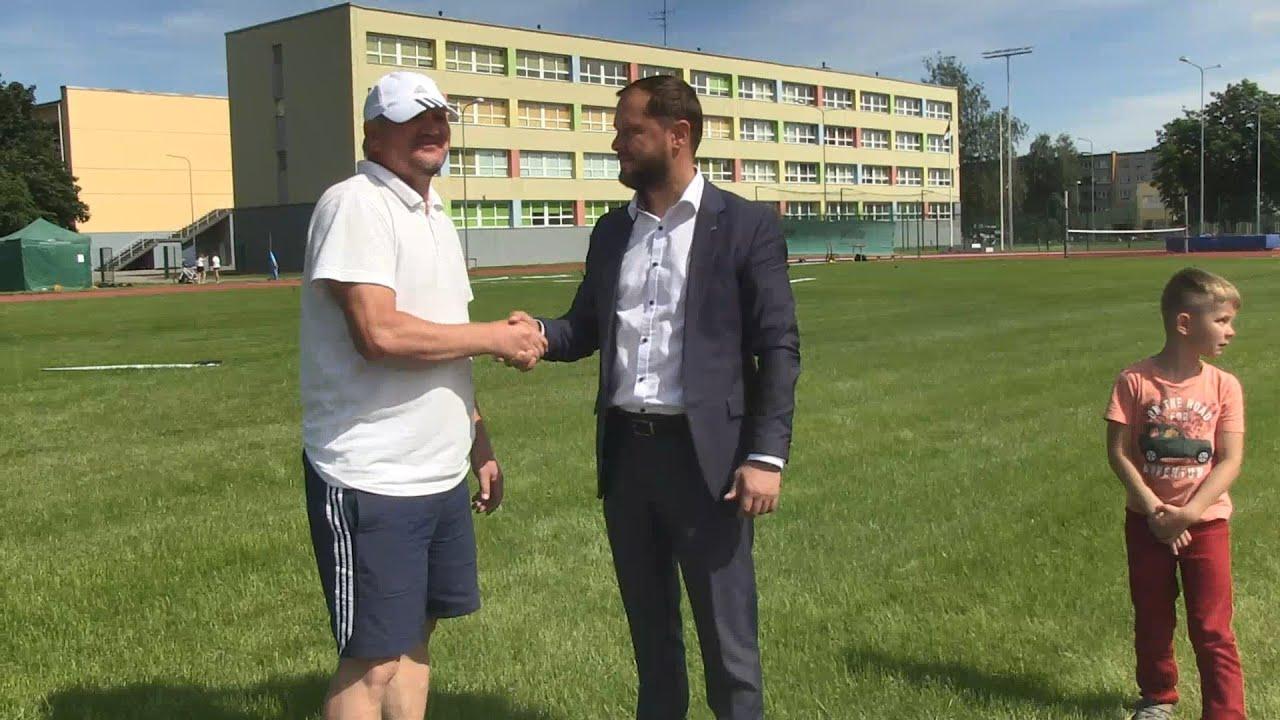 16.07.2020 - Обновлённый стадион Йыхвиской русской основной школы