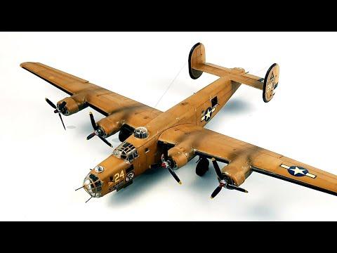 1:72 B-24 Liberator Timelapse build Revell scale model kit