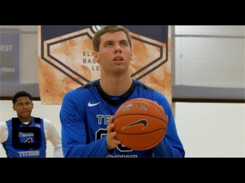 The BEST PASSER In The COUNTRY? Mickey Mitchell Texas Titans Crazy Highlights