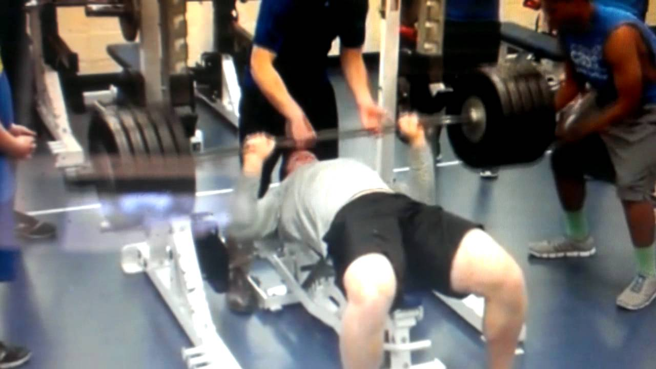 braden smith bench press - photo #3
