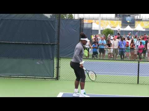 Listless Serena Williams Practices at  Cincinnati 2016