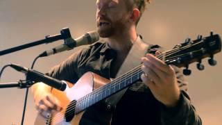 Newton Faulkner - Far to Fall (Acoustic)