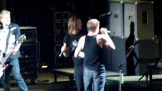 """Die Toten Hosen mit ein Stück von -Paradies- mit """"Constantin"""" :-) Berlin Waldbühne 28.08.09"""