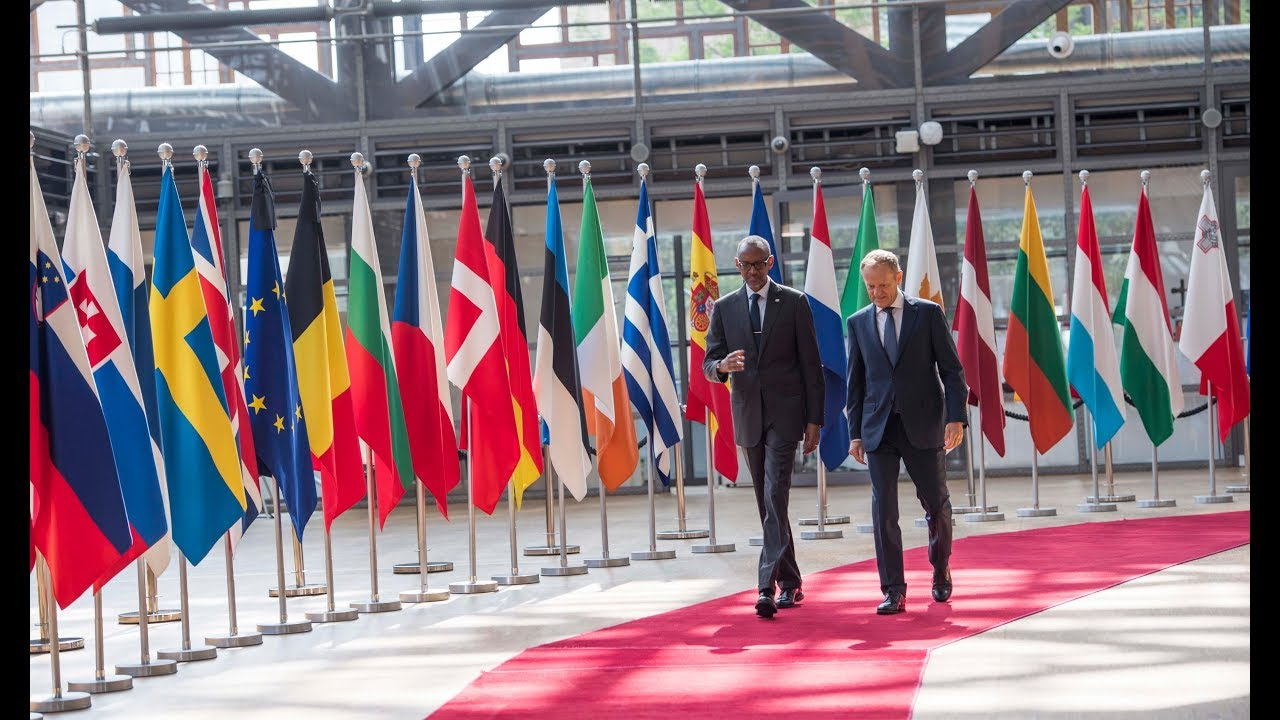 President Kagame meets with leaders of the European Union ahead of the European Development Days
