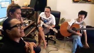 Gitaris Legend Sekaligus Produser ( Pay BIP ) Tertarik Dengan Pengamen Hands Dan Marbox - PRODUSER