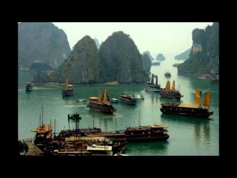 Vietnam 2011   Ha Long Bay. Celine Dion. My Heart Will Go On.