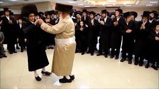 Еврейские игры в религию