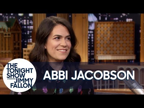 Abbi Jacobson Confesses to an Elaborate Lie About Elijah Wood