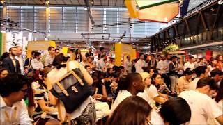VIVA TECHNOLOGY maquina de realidade virtual, turismo interativo