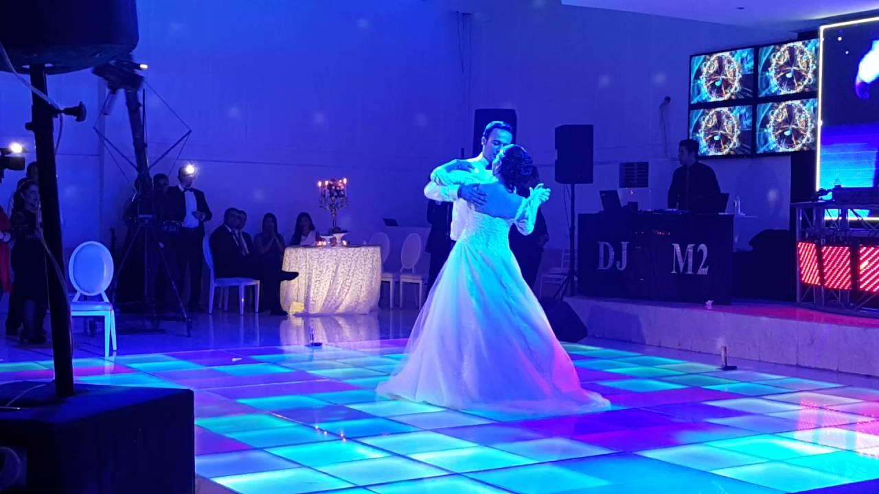 آهنگ برای رقص عروس داماد