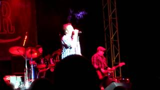 Uncle Kracker - Close My Eyes (new song from Midnight Special) - Stanislaus County Fair