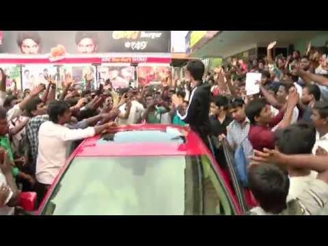 Kakki Sattai First Day First Show  Music Director Anirudh Visits Udhayam Theater