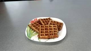 Рецепт Банановые вафли - видео-рецепт для мультипекаря, ПП завтрак