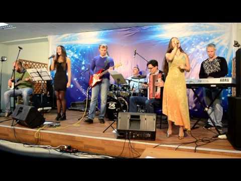 Воскресный концерт в Молодежном центре г. Новотроицка