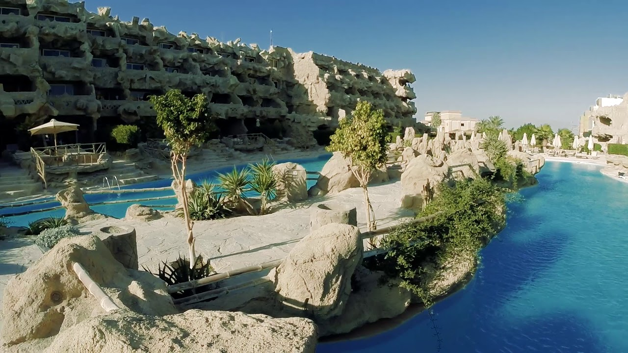 2018 Caves Beach Resort Hurghada
