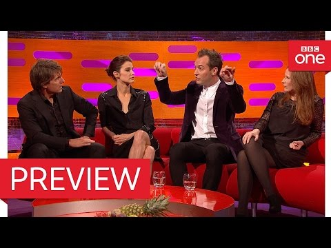 Tom Cruise and Jude Law discuss holding their breath  The Graham Norton  2016  BBC One