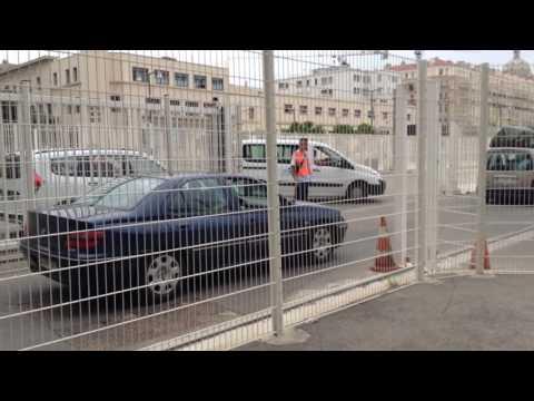 Un petit aperçu d'un embarquement pour l'Algérie au port de Marseille