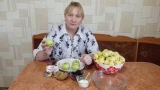 Яблоки запеченные в духовке с черносливом и изюмом.