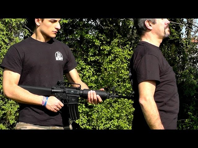 KRAV MAGA TRAINING • Prisoner! Disarm an M4 in the Back • Kapap