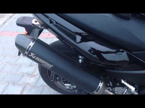 Yamaha Tmax 530 + Akrapovic (exhaust sound)