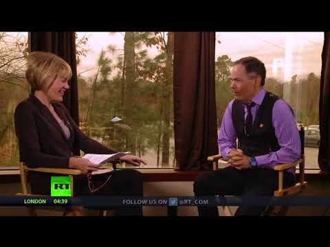 Keiser Report: JP Morgan's 'Bitcoin Bible' - a plea for help? (E1190)