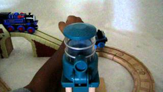 Thomas and Belle to the Rescue - Thomas & Friends Wooden Railway