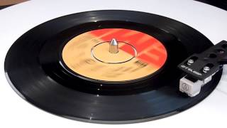 Queen - Crazy Little Thing Called Love - Vinyl Play