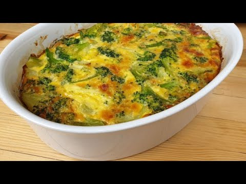 Cheesy crustless broccoli quiche. Easy recipe for beginners.