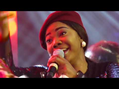 Mercy Chinwo sings Chinedum and Excess Love in Ghana at Women in Worship 2019.