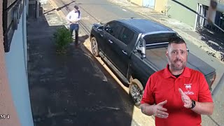 prepared-car-owner-boops-carjacker-on-the-snoot