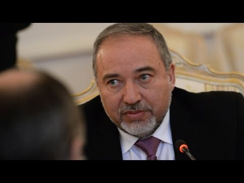 Israel threatens to destroy Syrian air defense