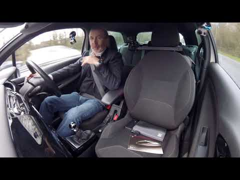 Review and Virtual Video Test Drive In Our 2013 Citroen DS3 1 6 VTi DStyle Plus 3dr YJ13XMD