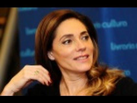 Hora da Venenosa: Christiane Torloni ameaça chamar a polícia em restaurante