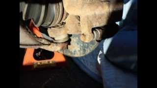 Honda CR-V Lower Ball Joint Removal