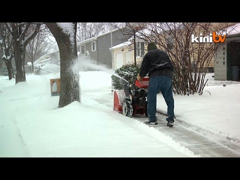 US hit with cold, snow, ice