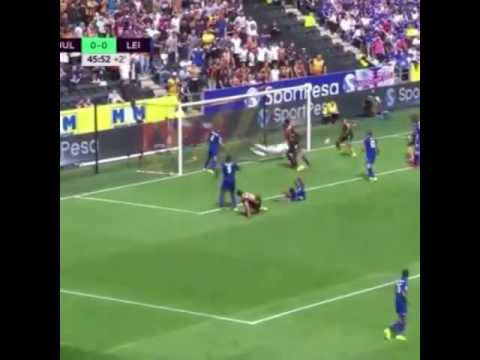 Gol ala Tsubasa oleh pemain HULL CITY..keren!!!