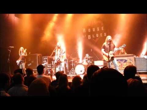 Blackberry Smoke - Son of the Bourbon (live)