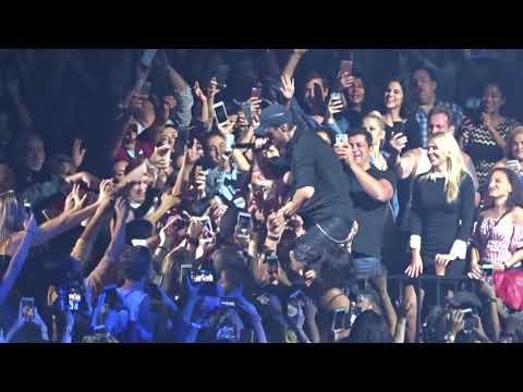 Escape - Enrique Iglesias(Capital One Arena)