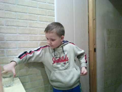 юный фокусник